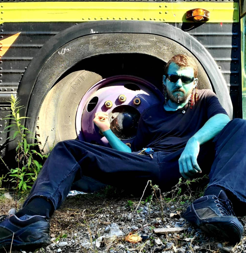 """Донни Снайдер, человек-""""смурфик"""". Фото предоставлено героем материала, """"Metro"""""""