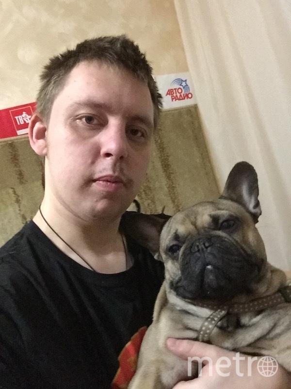 """Илья каждое утро отправляется на пробежку со своей собакой, а потом занимается спортом и домашними делами. Фото Илья, """"Metro"""""""