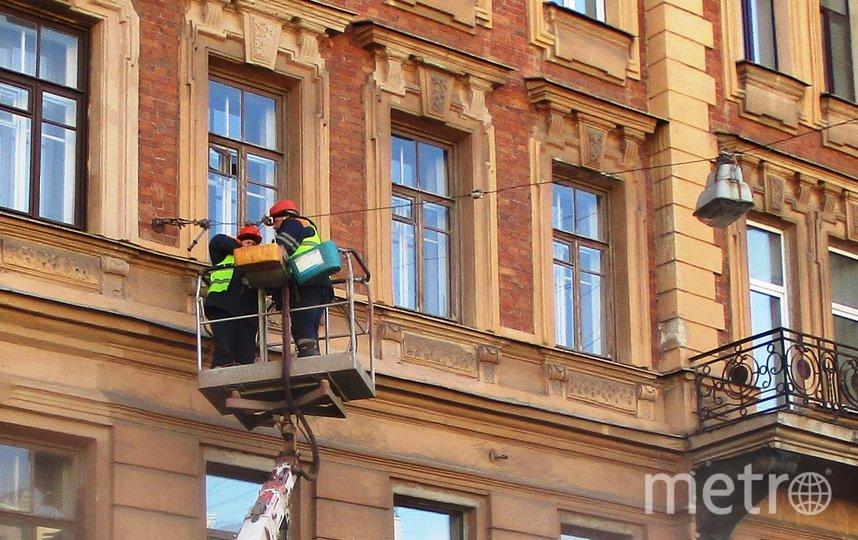 Предприятия, обеспечивающие жизнедеятельность города, не прекращали работу. Фото www.gov.spb.ru