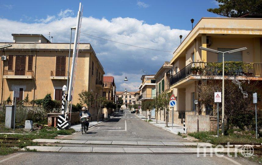 Власти Италии приняли решение о смягчении карантиных мер. Но убирать ограничения будут постепенно. Фото AFP