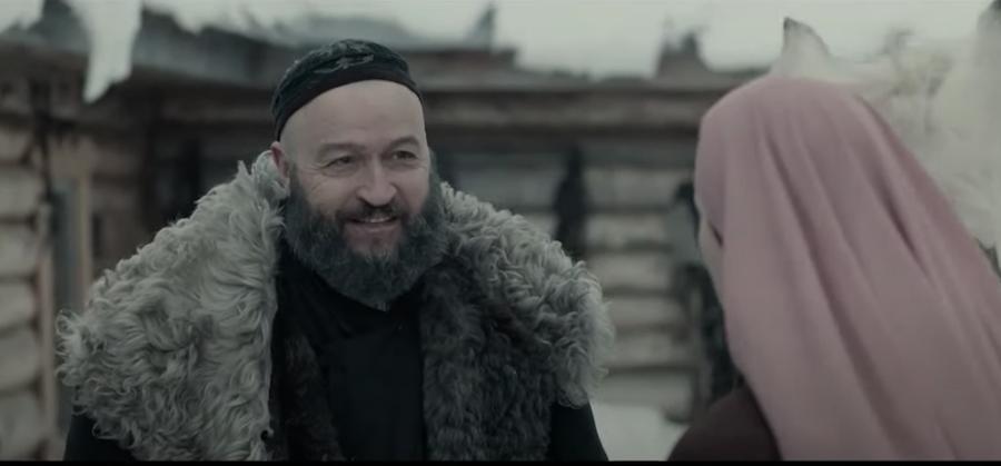 Муртаза – муж Зулейхи. Фото кадр из сериала