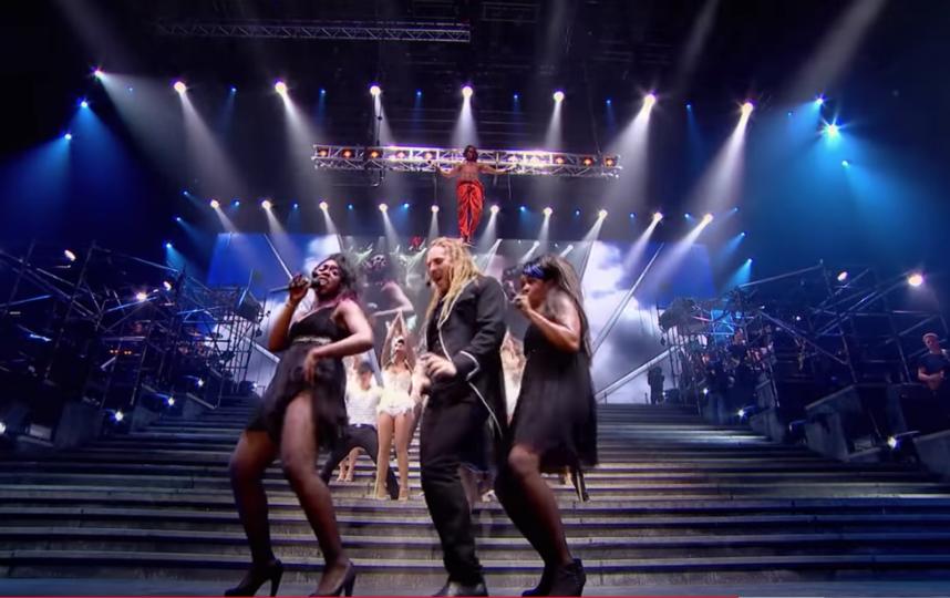 """""""Иисус Христос – суперзвезда"""". Фото youtube@The Shows Must Go On!, """"Metro"""""""