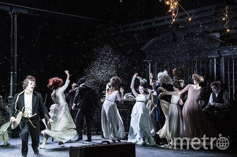 """Сцена из спектакля """"Минетти"""". Фото Валерий Мясников"""
