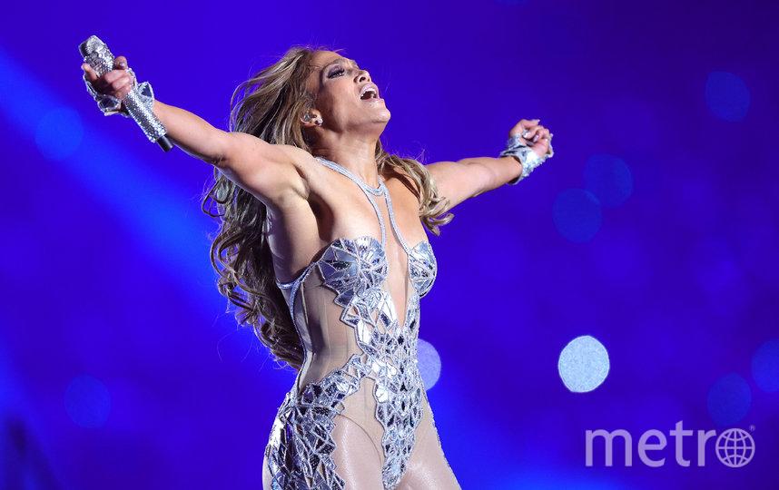 Дженнифер Лопес на сцене. Фото Getty