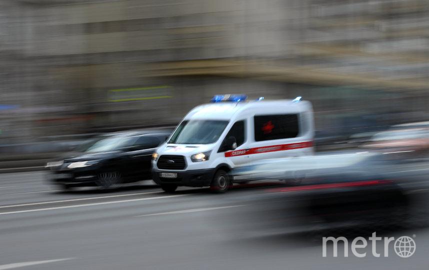 Всех москвичей с признаками ОРВИ призывают не заниматься самолечением, а вызвать врача на дом. Фото AFP