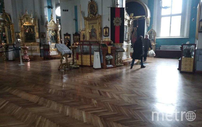 Внутри Князь-Владимирского собора на Спортивной. Фото Людмила Сагайдачная.
