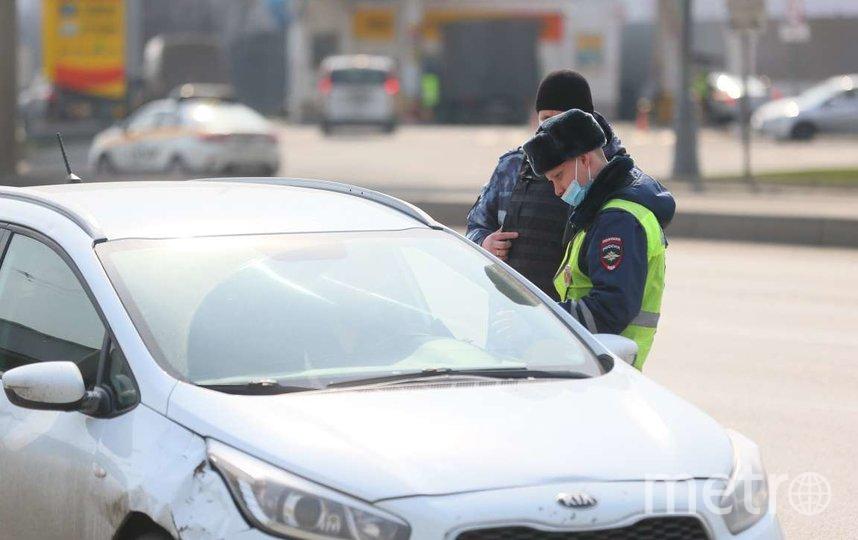 Полицейские проверяют, соблюдаются ли правила. Фото Василий Кузьмичёнок