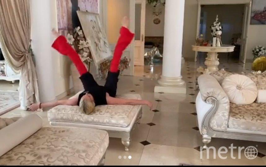 Волочкова показала простые упражнения. Фото instagram.com/volochkova_art