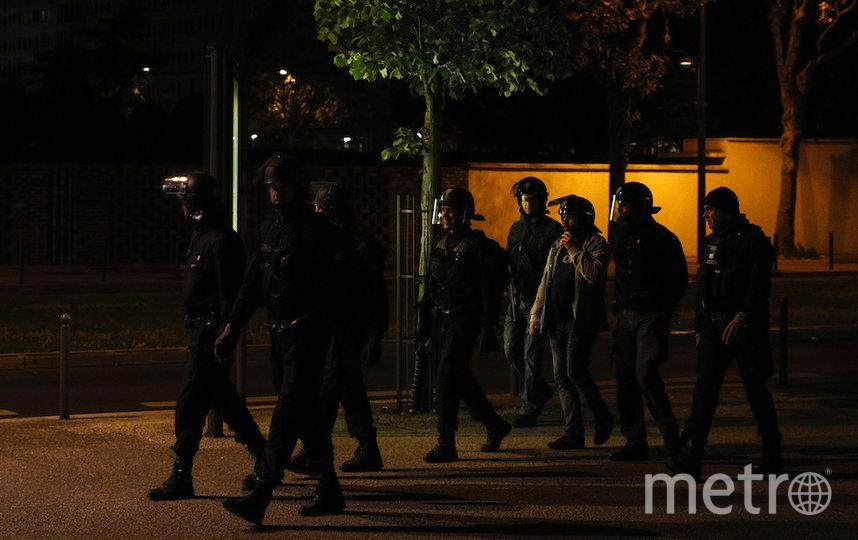 Выходцы из арабских стран атаковали полицейских. Фото AFP