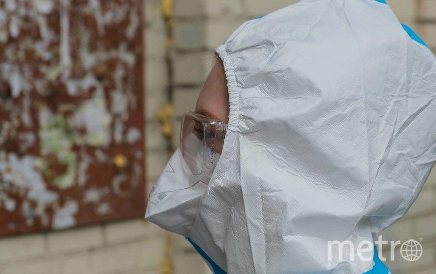 "Медиков путают со снеговиками. Фото Алена Бобрович, ""Metro"""