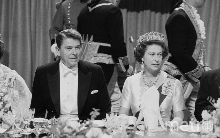 Президент США Рональд Рейган и королева Великобритании Елизавета II. 1982 год. Фото Getty