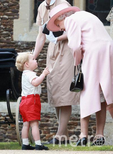 Королева Елизавета II и маленький принц Джордж. Фото Getty