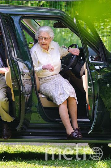 Королева Елизавета II любит водить автомобиль. Фото Getty