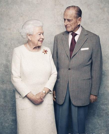 Королева Елизавета II и её муж принц Филипп. Фото Instagram @theroyalfamily