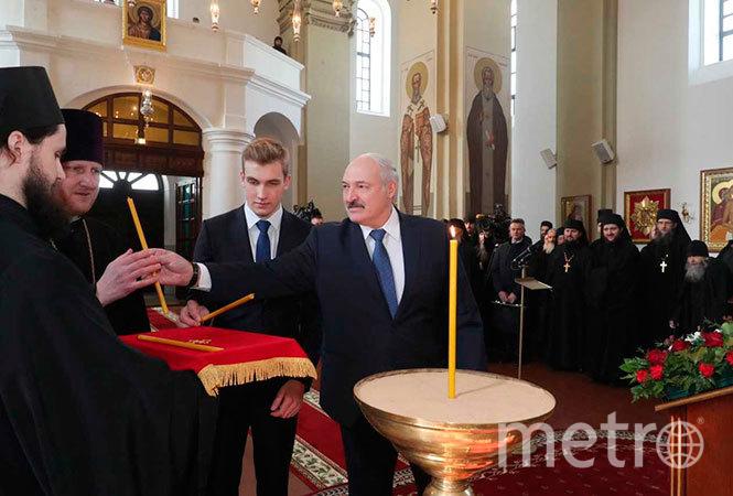 Александр Лукашенко и Николай Лукашенко. Фото president.gov.by
