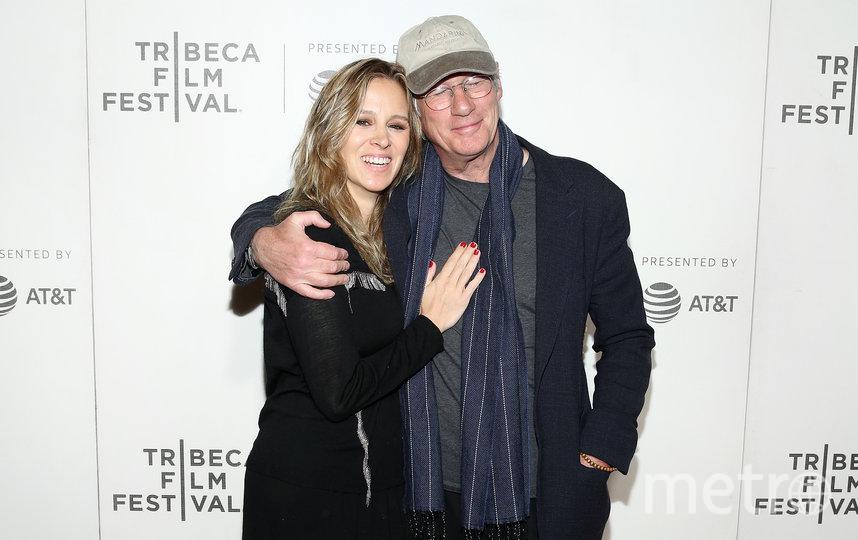 Ричард Гир с женой Алехандрой Сильвой. Фото Getty