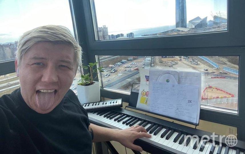 Музыкант в изоляции скучает по студии. Фото https://www.instagram.com/stepamarsel/