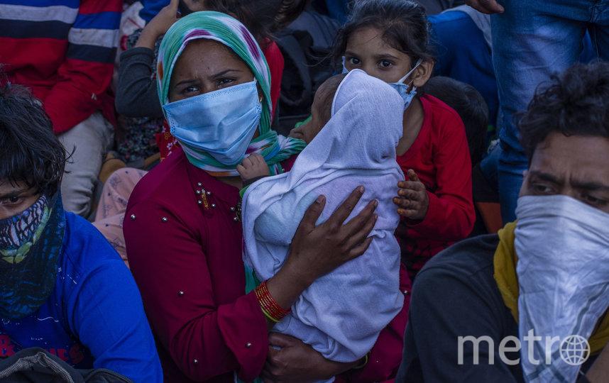 Во многих районах страны люди недовольны жестокими карантинными мерами. Фото Getty