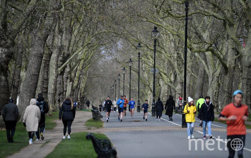 В пригороде Лондона разрешены небольшие пробежки. Фото Getty