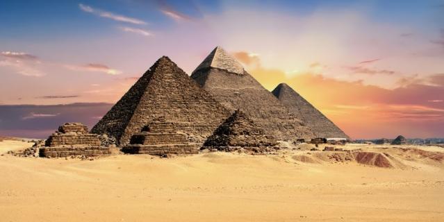 Пирамиды Египта знает весь мир.