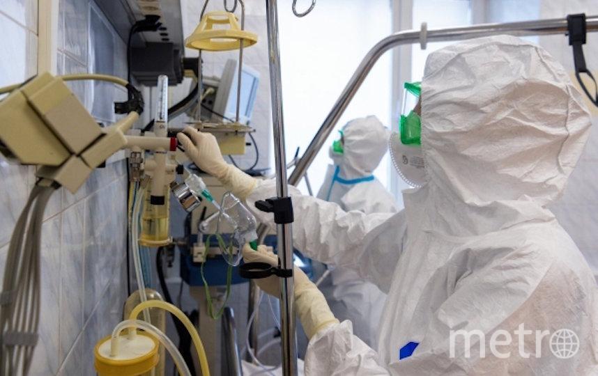 В Коммунарку за минувшие сутки поступили ещё 24 пациента. Фото РИА Новости