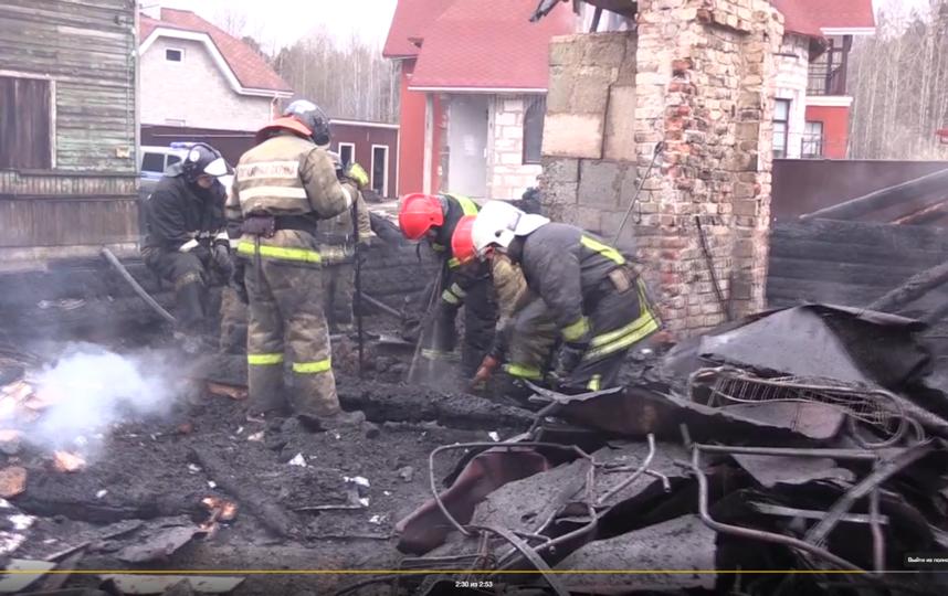 """Фото с места пожара в Выборге. Фото предоставлены МЧС Ленобласти, """"Metro"""""""