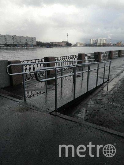 """На набережной Невы установили пандусы. Фото gov.spb.ru, """"Metro"""""""