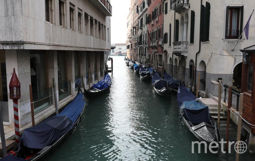 Так стала выглядеть Венеция на карантине – лодки больше не нужны. Фото Getty