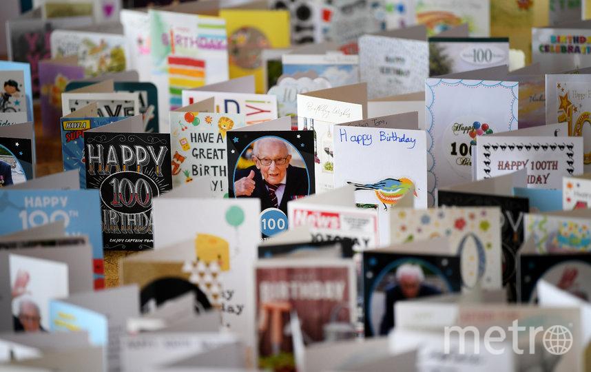 Том Мур получил 125 тысяч поздравительных открыток. Фото Getty