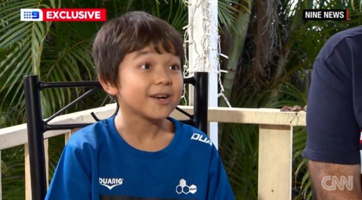 """Мальчик Корона из Австралии на телеканале 9News. Фото Скриншот из программы на канала , """"Metro"""""""