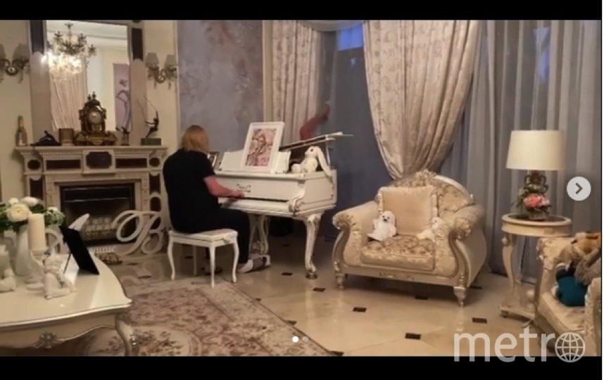 Анастасия Волочкова развлеклась и развлекла других. Фото https://www.instagram.com/volochkova_art/