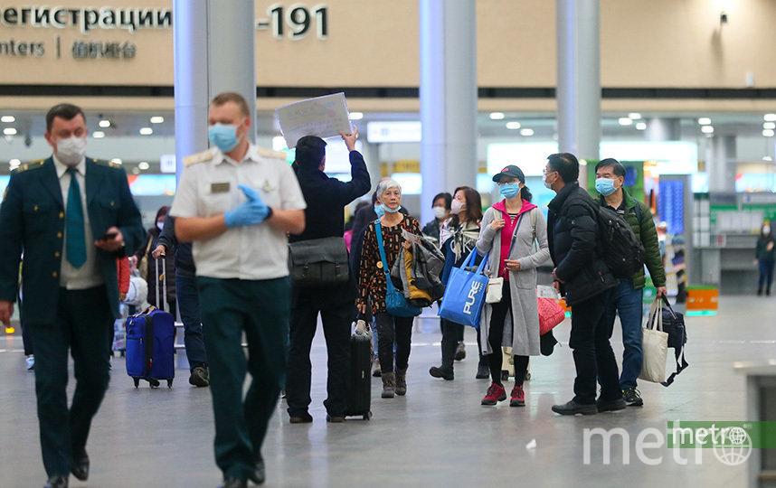 """Она подвергла угрозе всех пассажиров и всех людей, которые ее встречали в аэропорту. Фото Василий Кузьмичёнок, """"Metro"""""""