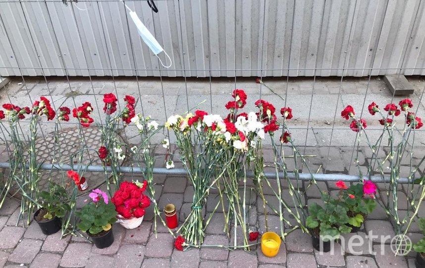 "Мемориал медикам, умершим во время пандемии COVID-19 в Санкт-Петербурге. Фото ""Metro"""