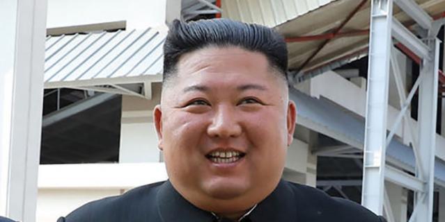 Последние официальные фотографии Ким Чен Ына.
