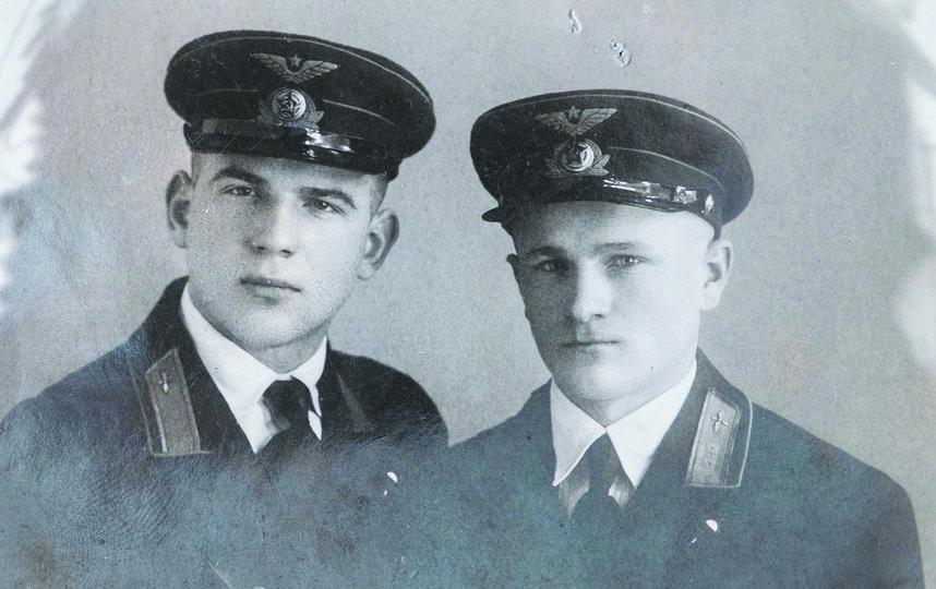 """Николай Коломейченко (слева). Фото из личного архива Галины Жилиной, """"Metro"""""""