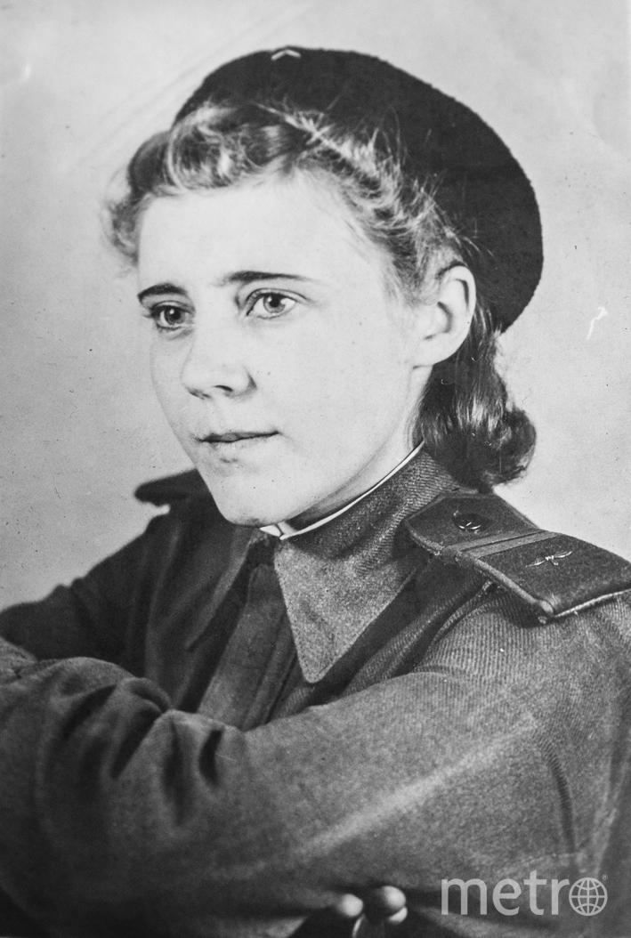 """Александра Чубарова во время войны. Фото из личного архива Галины Жилиной, """"Metro"""""""