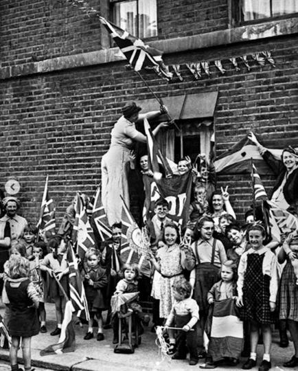 Празднование Дня Победы в Лондоне. Фото Instagram @kensingtonroyal
