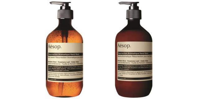 Гель для мытья рук AESOP Resurrection (2480 руб.) с антибактериальный действием и бальзам для рук AESOP Resurrection (6400 руб.) с антисептическим действием.