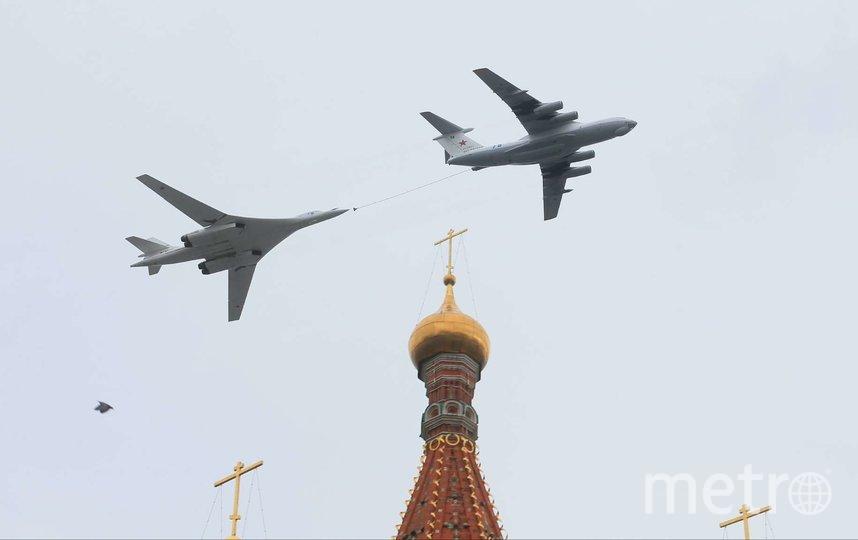 Пролёт авиации над Москвой в честь Дня Победы. Фото Василий Кузьмичёнок