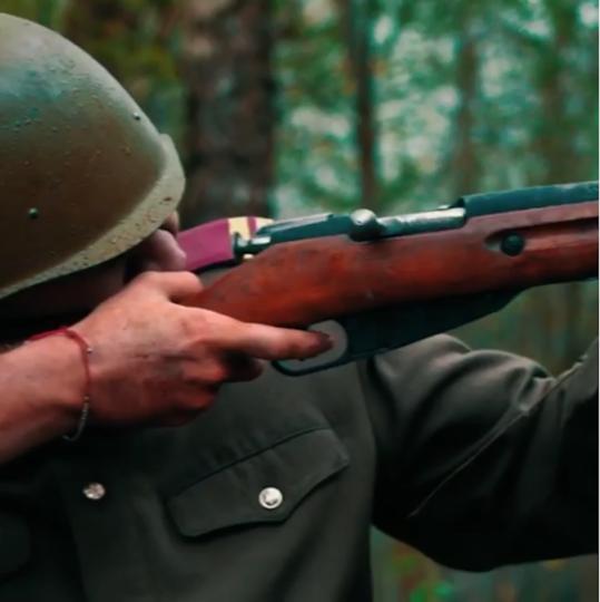 Кадр из клипа о войне. Фото Скриншот видео Instagram/buzova86