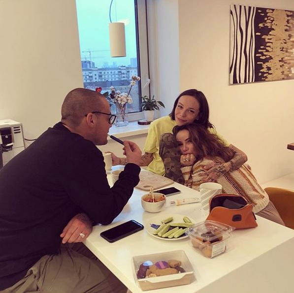 Гуф, Айза и Леся. Фото скриншот: instagram.com/saint_luc1fer/