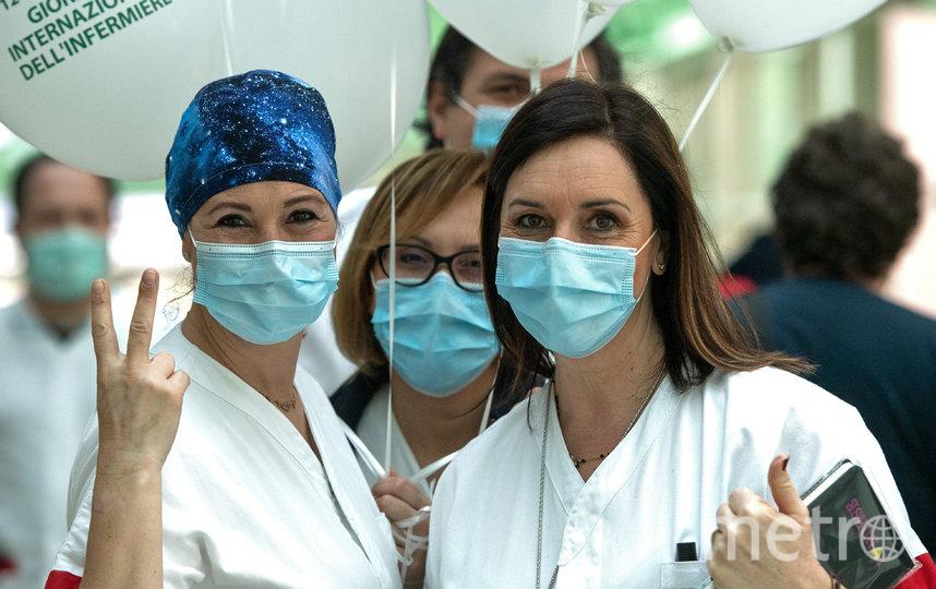 12 мая во всем мире отмечается день медсестры. Италия. Фото AFP