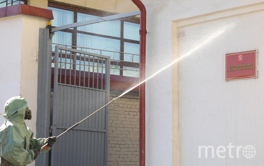 """В военкоматы поставлено более 1 млн. масок, свыше 20 тыс. л дезинфицирующей жидкости. Фото предоставлено пресс-службой ЗВО, """"Metro"""""""