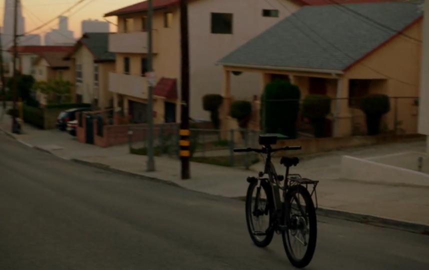 """Кадр из сериала. Фото Prime video, """"Metro"""""""