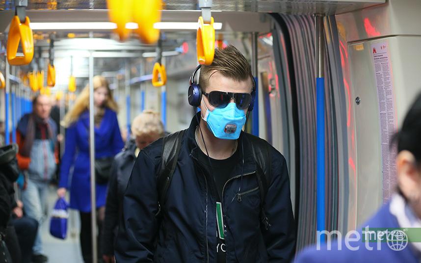 Житель столицы в метро. Фото Василий Кузьмичёнок