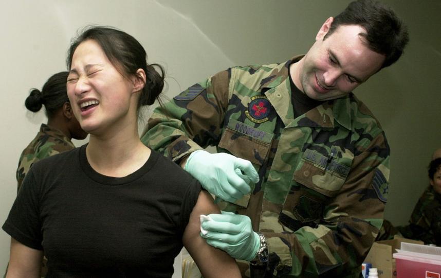 """Вакцинация, по мнению Сергея Колесникова, может почти по """"военному пути"""". Фото Pixabay"""