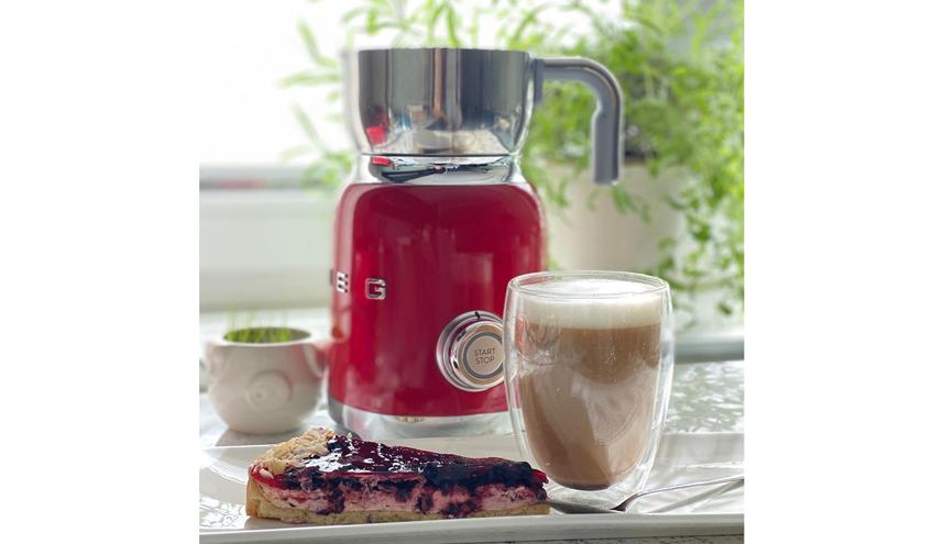 Капучино – кофейный напиток с добавлением подогретого вспененного молока. Фото instagram.com/erik_orli