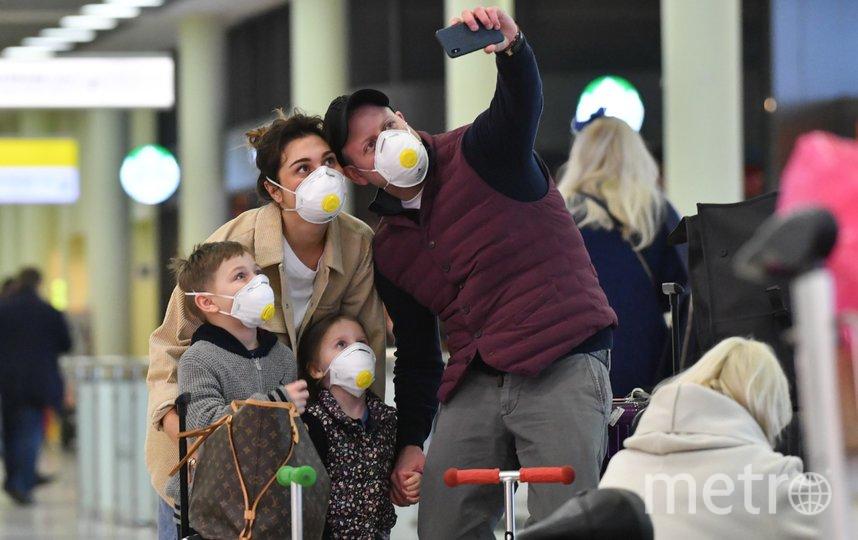 """Ребёнка несложно приучить носить маску, главное – найти подход. Фото Агентство """"Москва"""""""