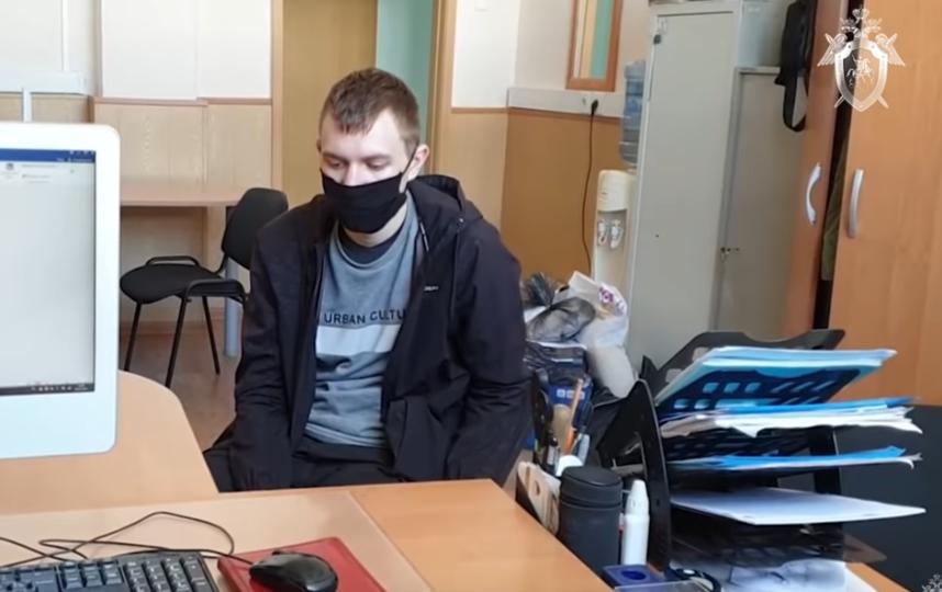 СКвыпустил видео сраскаянием задержанных зафото Гитлера