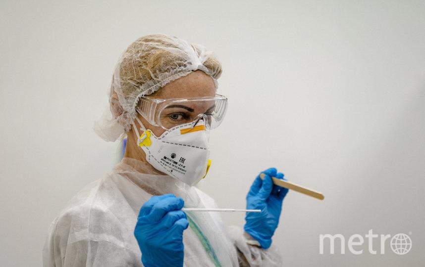 В России с коронавирусом борятся не только опытные врачи, но и студенты старших курсов. Фото AFP